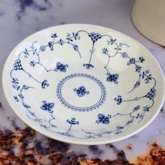 Churchill Inkie Blue Finlandia servies borden diep