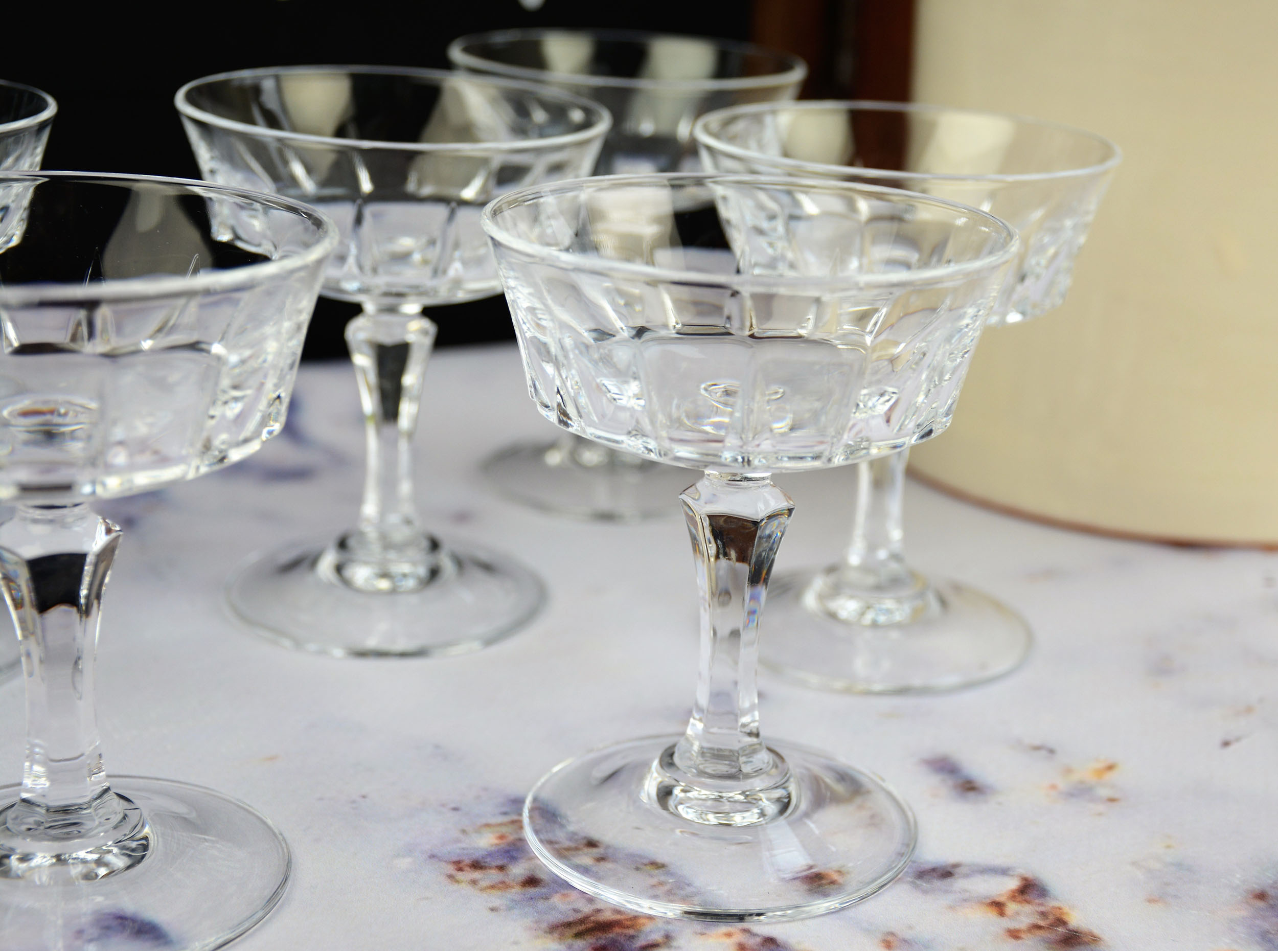 Cristal DArques Versailles champagne coupes klein