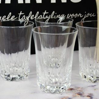 Kristallen waterglazen kelk